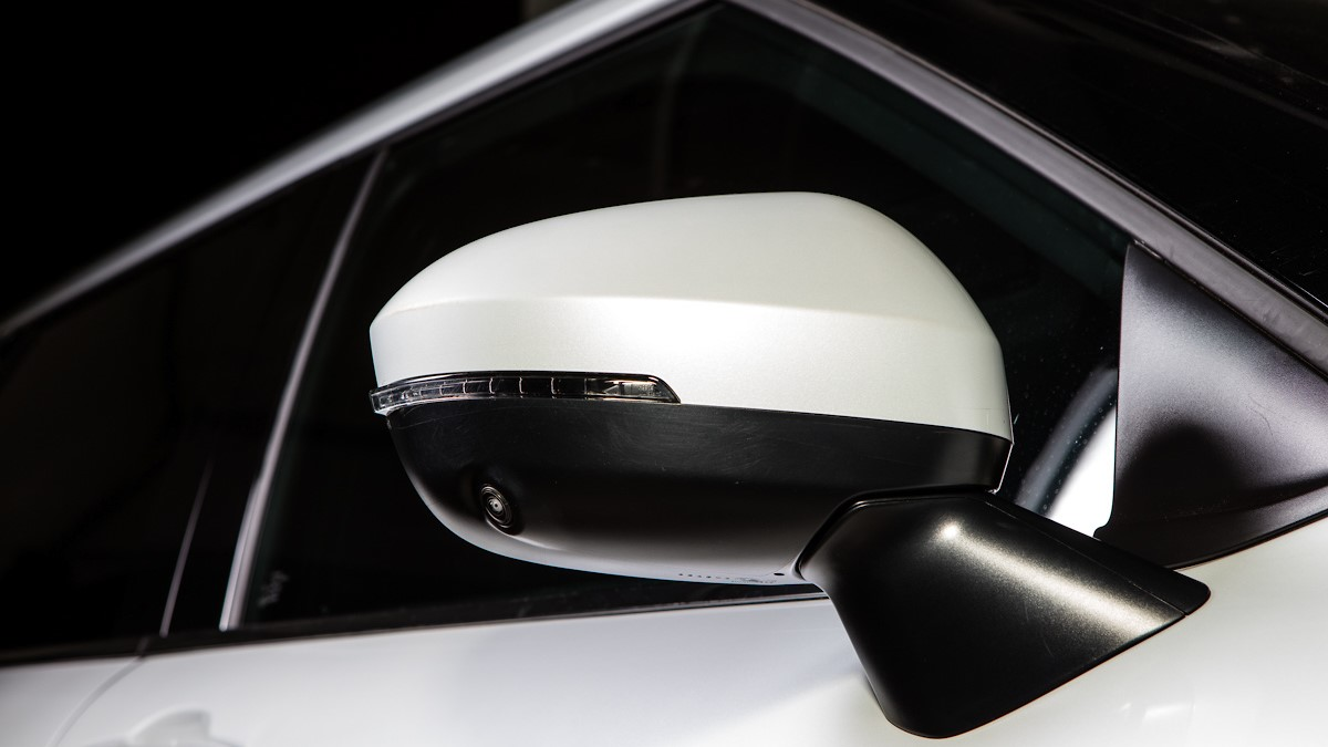 Mitsubishi Outlander side mirror