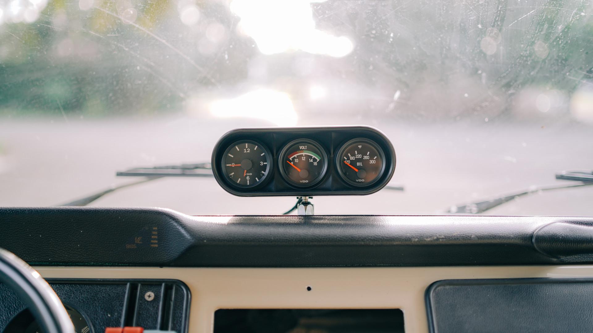 Volkswagen Type 2 dashboard odometer
