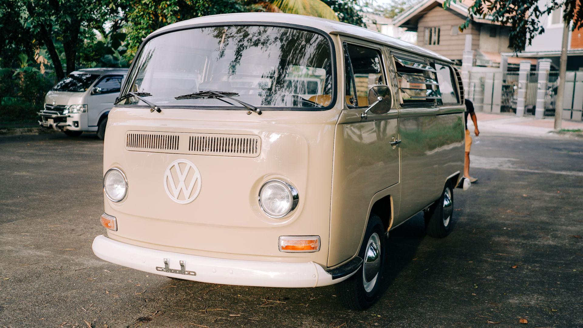 Volkswagen Type 2 front view