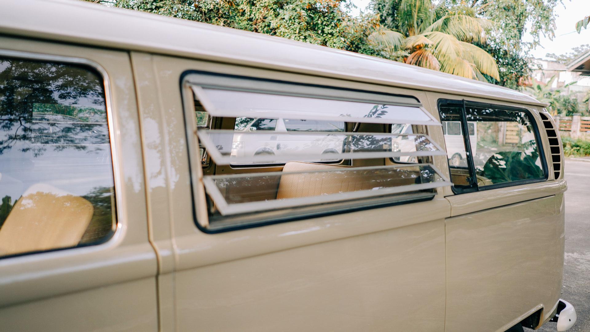 Volkswagen Type 2 window feature