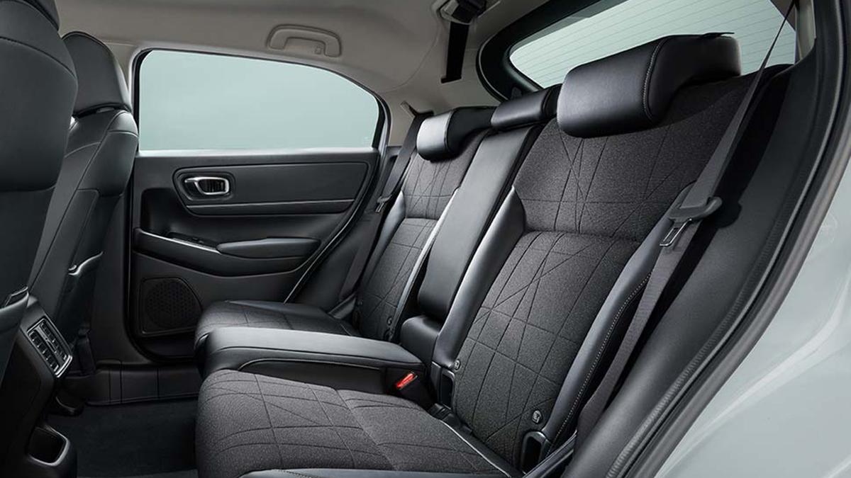 Honda HR-V interior, rear passenger seats
