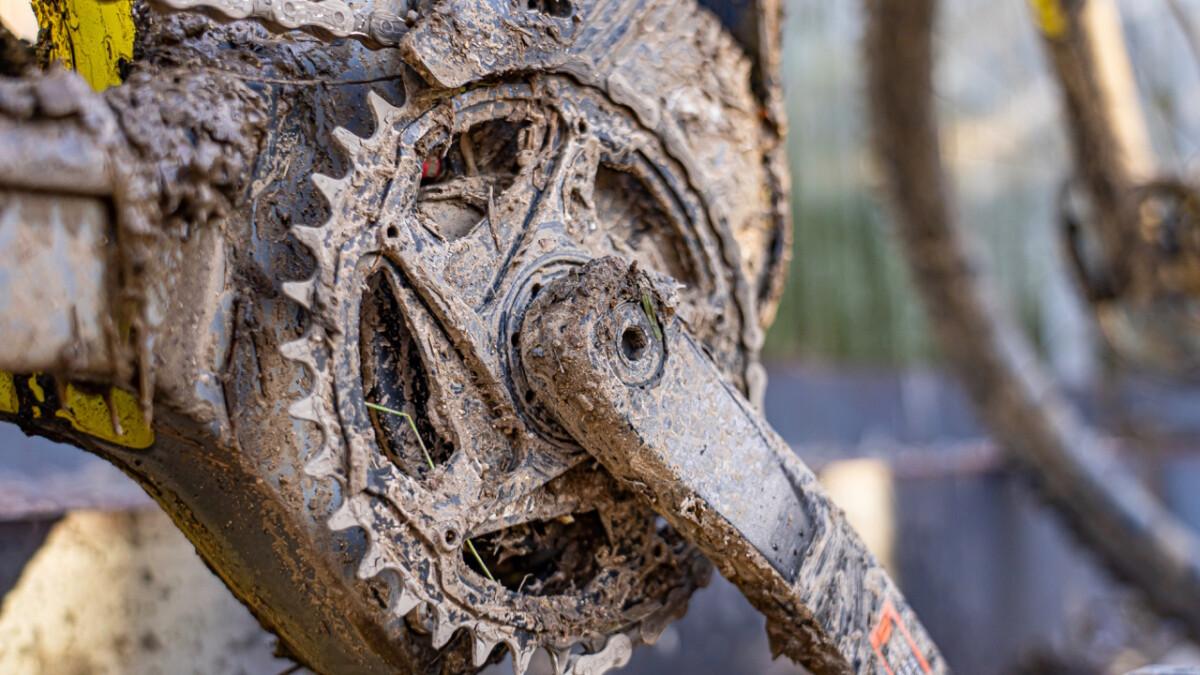 The Greyp G6 e-MTB mudded gear