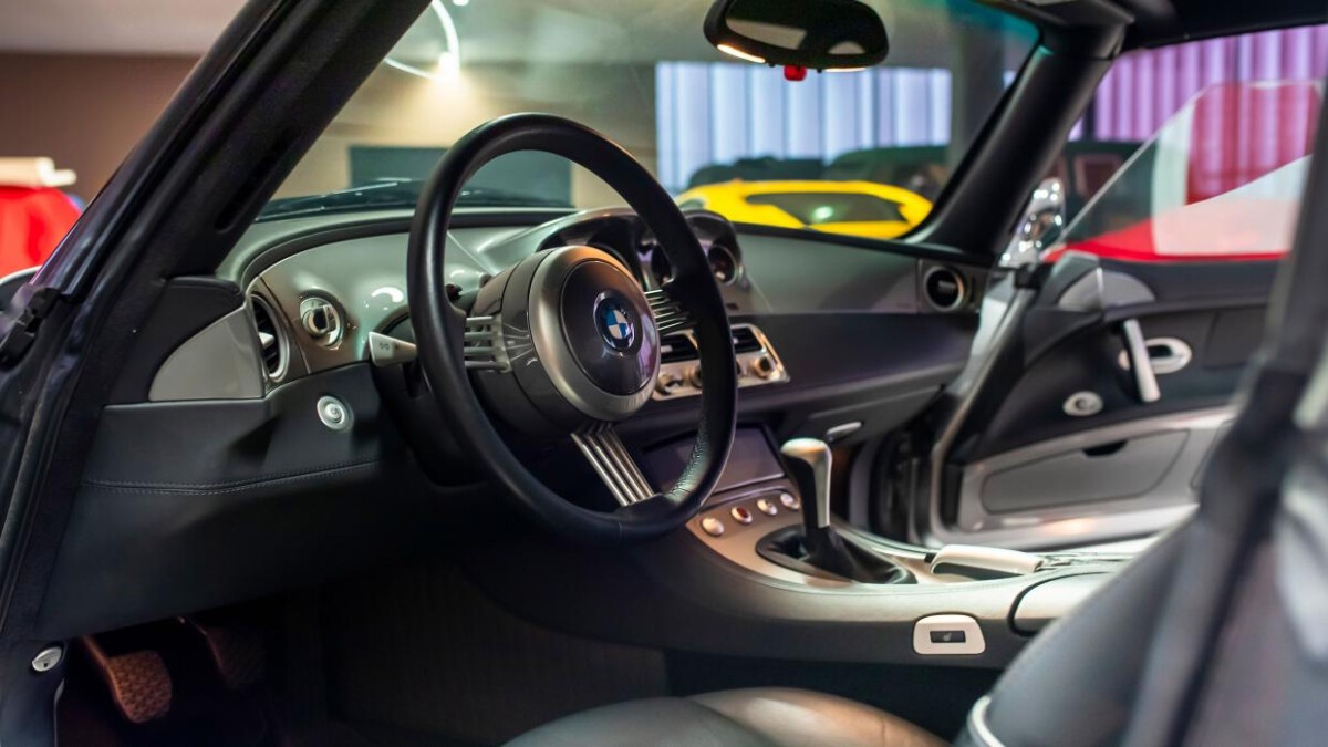 BMW Z8 Roadster steering wheel and dashboard view