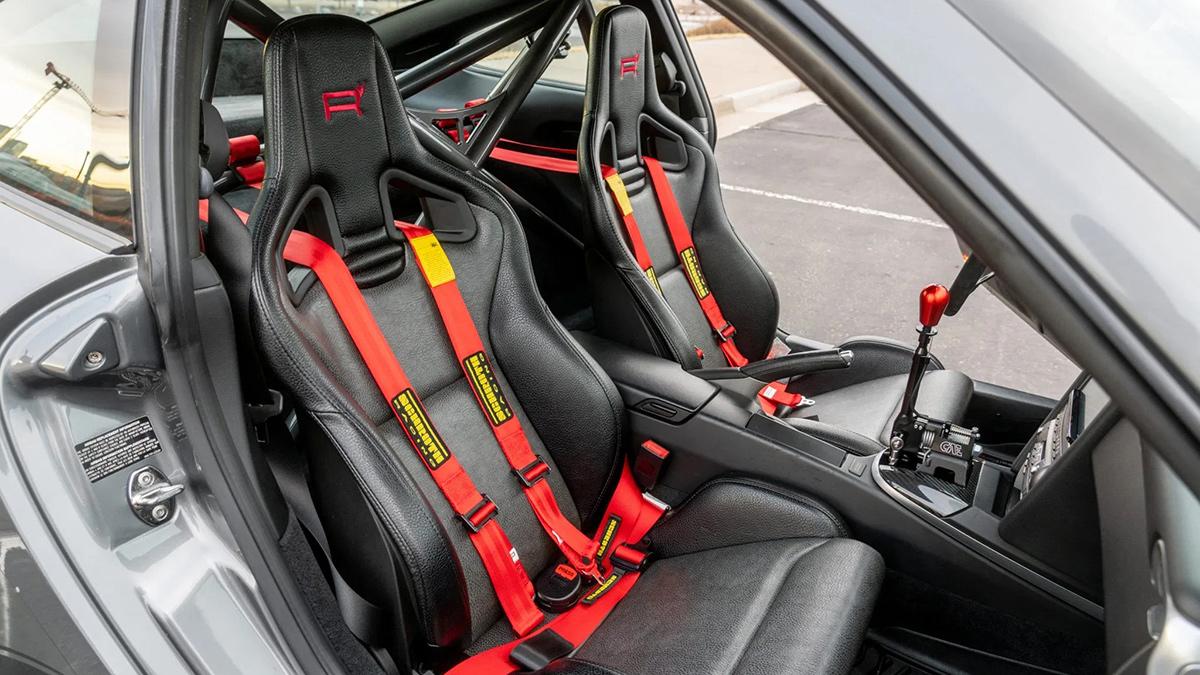 A Safari-Styled Porsche 911 front passenger seats