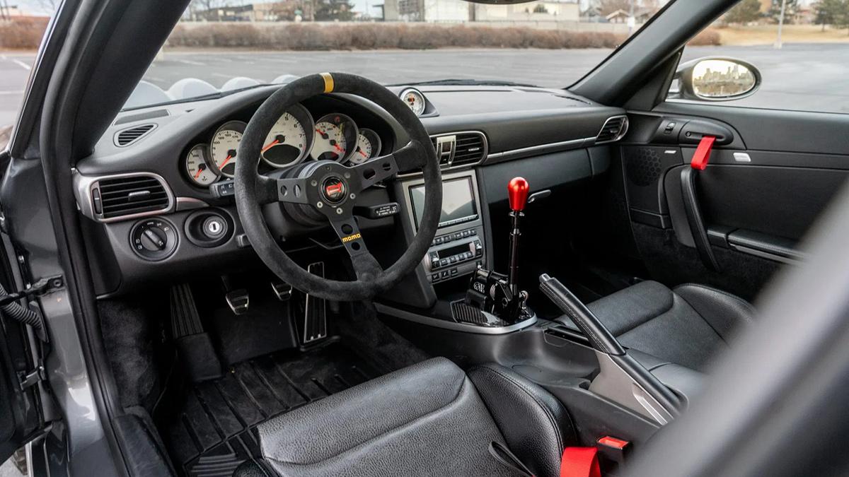 A Safari-Styled Porsche 911 interior