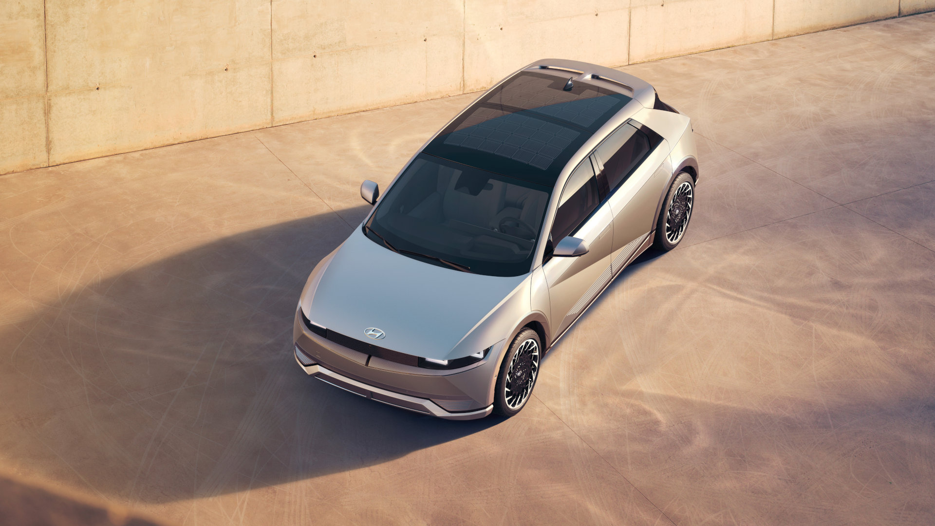 Hyundai Ioniq 5 top view angle