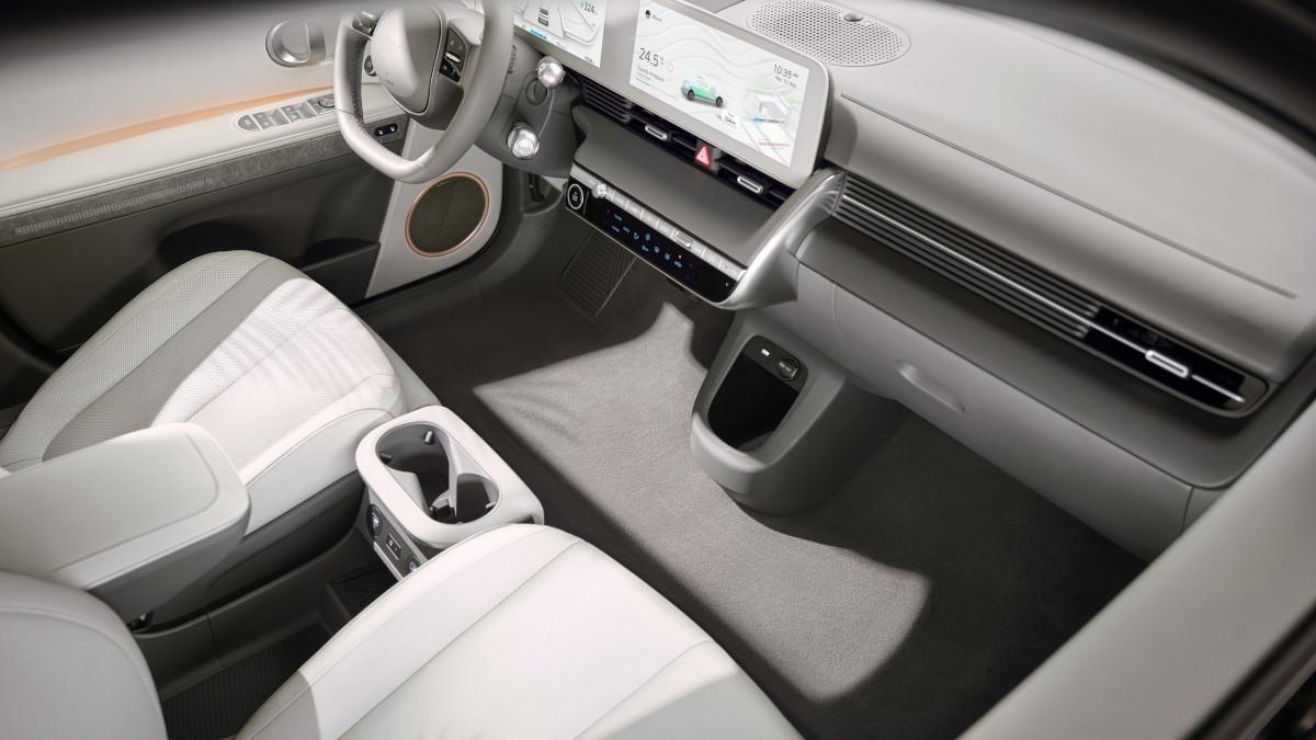 Hyundai Ioniq 5 interior top view