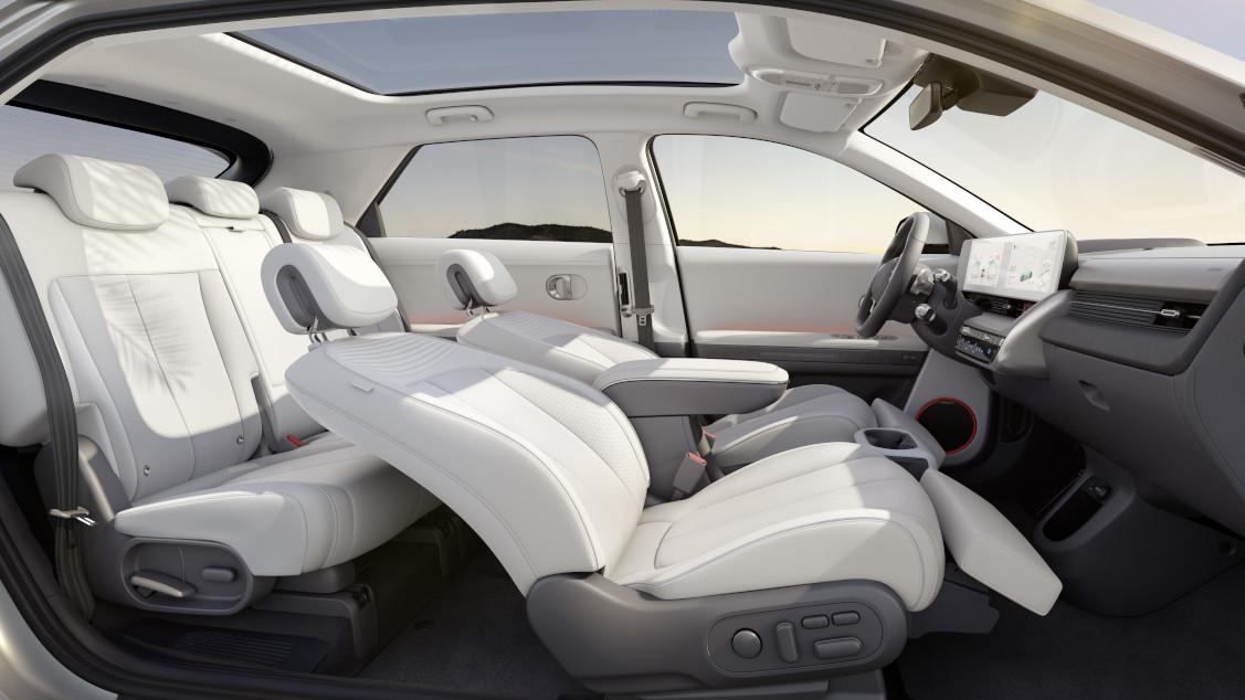 Hyundai Ioniq 5 interior alternative angle