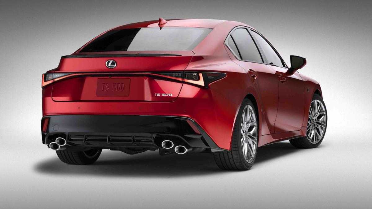 2022 Lexus IS500 F Sport Performance alternative rear view