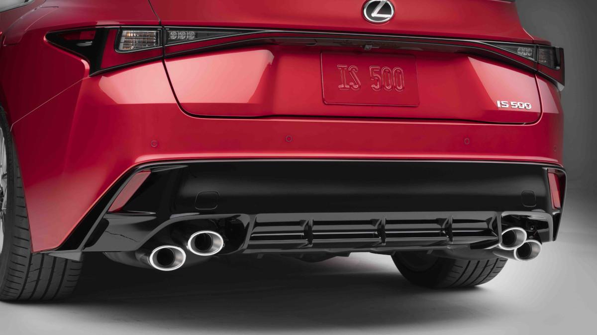 2022 Lexus IS500 F Sport Performance exhaust