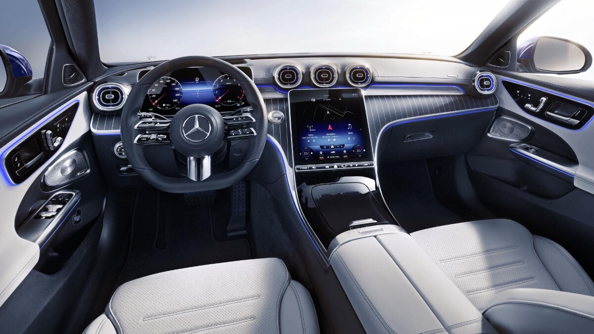 Mercedes-Benz C-Class Dashboard with grey details