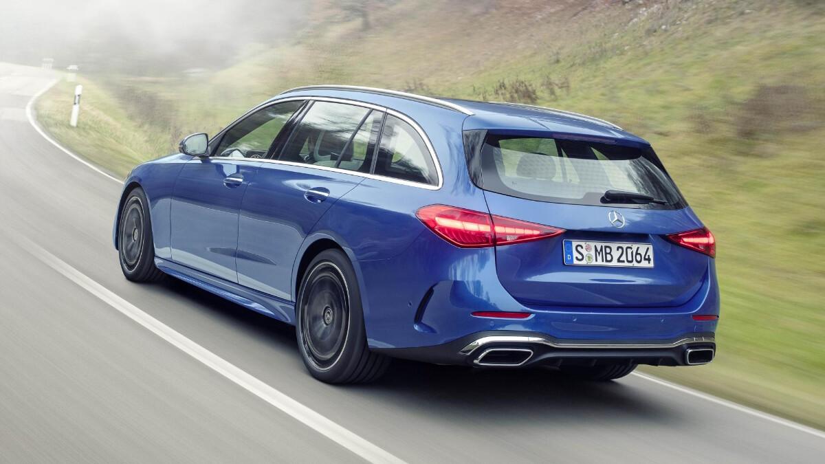 Mercedes-Benz C-Class in Blue, alternative angle