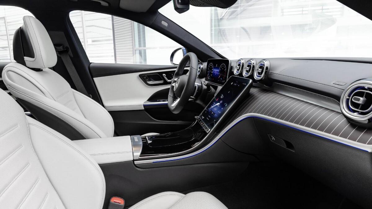 Mercedes-Benz C-Class in Blue interior grey details