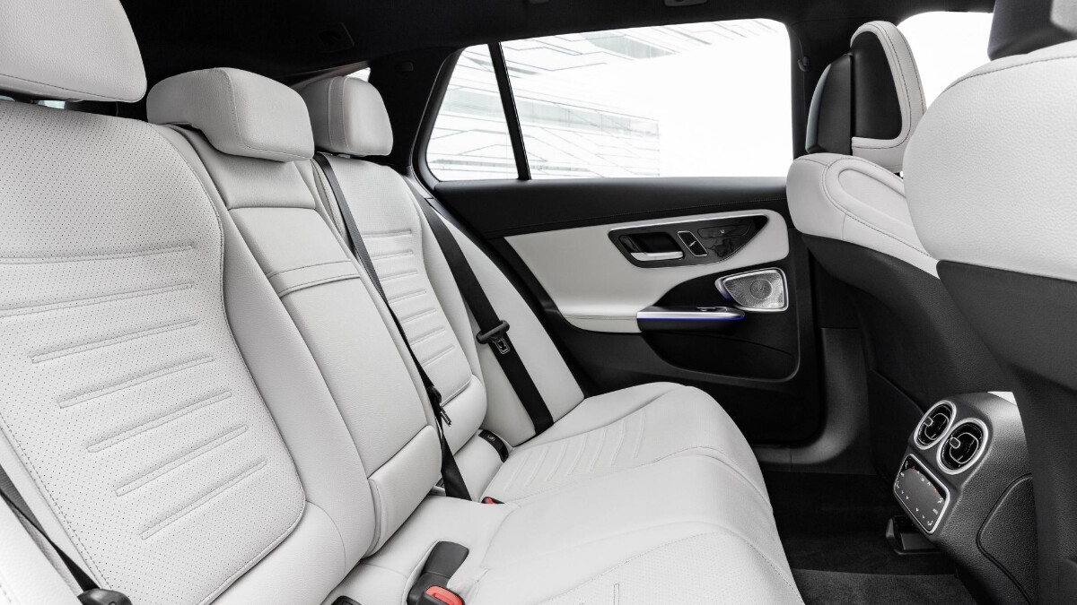 Mercedes-Benz C-Class Interior in White