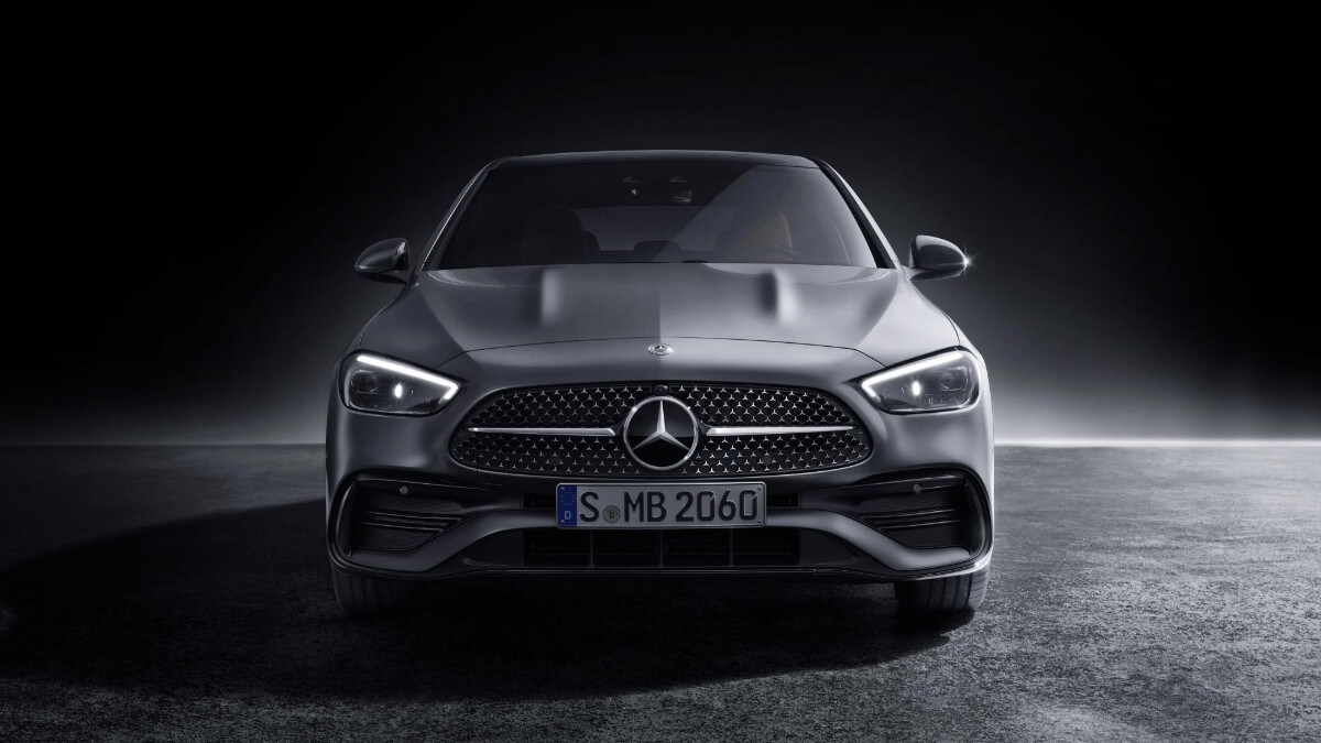 Mercedes-Benz C-Class front view
