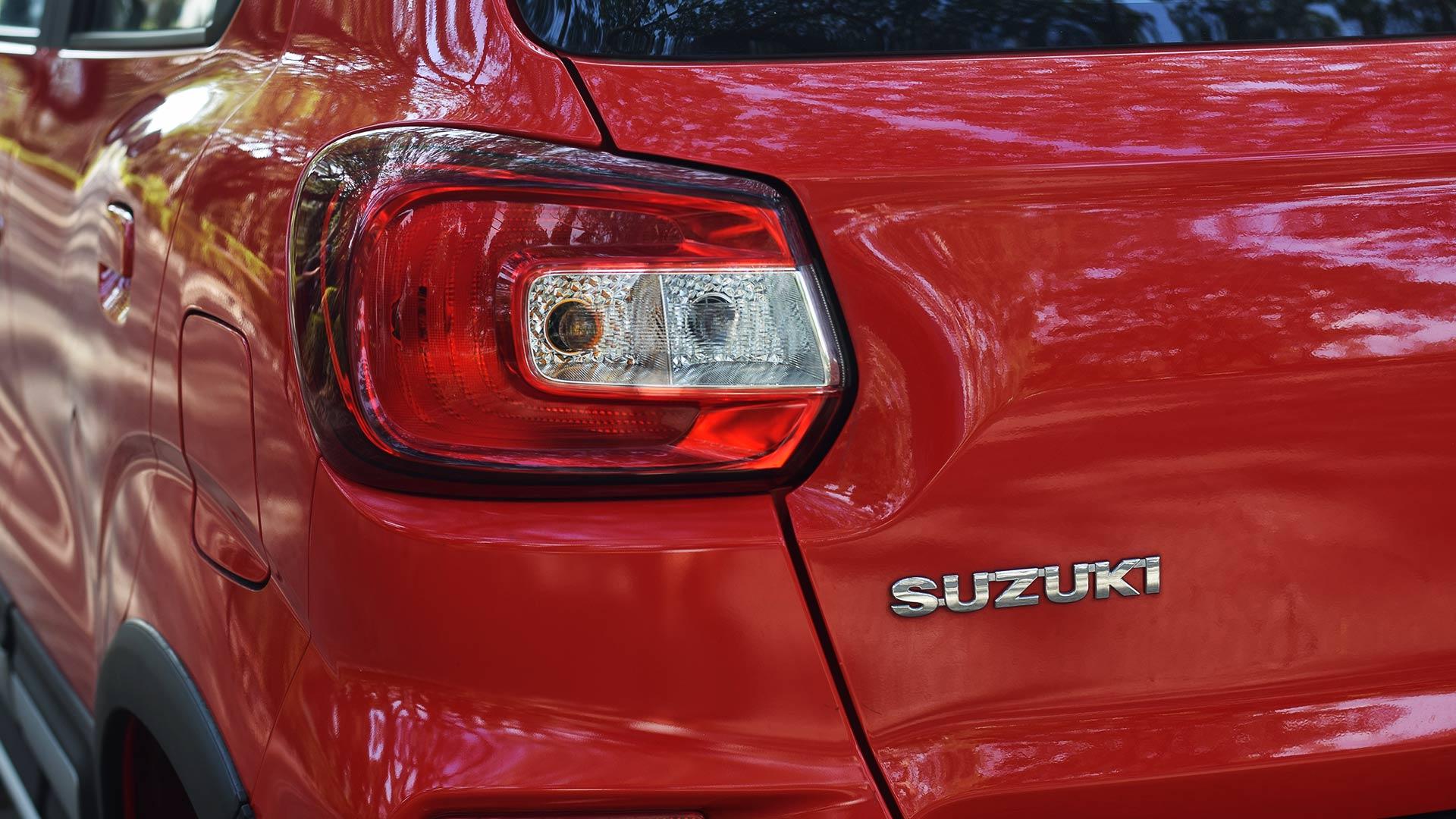 The Suzuki S-Presso tail light and emblem