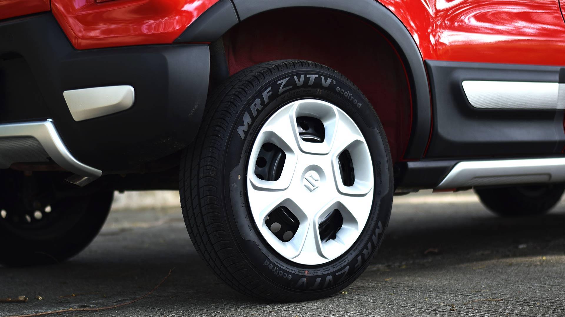 The Suzuki S-Presso rear tire