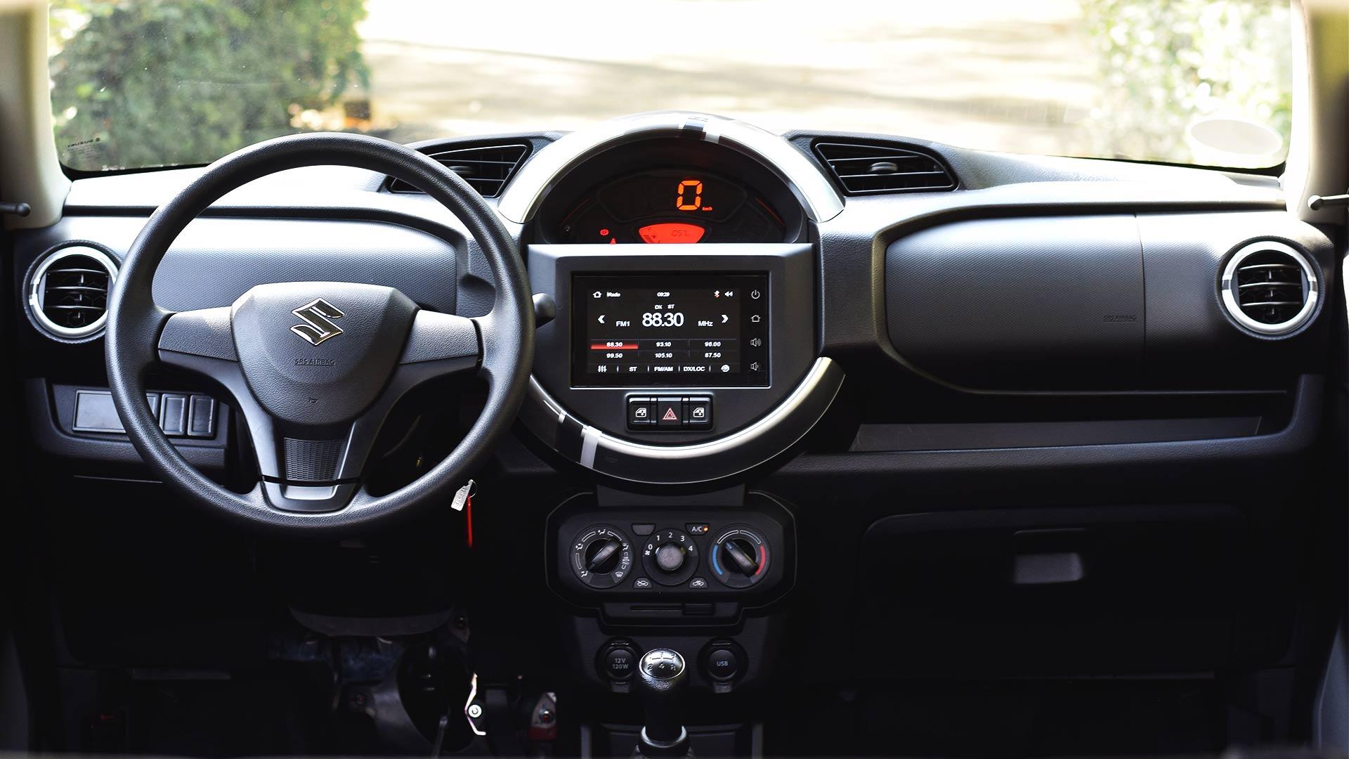 The Suzuki S-Presso dashboard