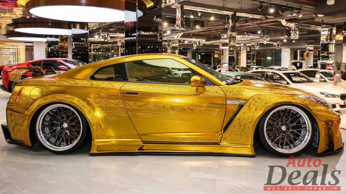 Gold-Plated Nissan GT-R profile view