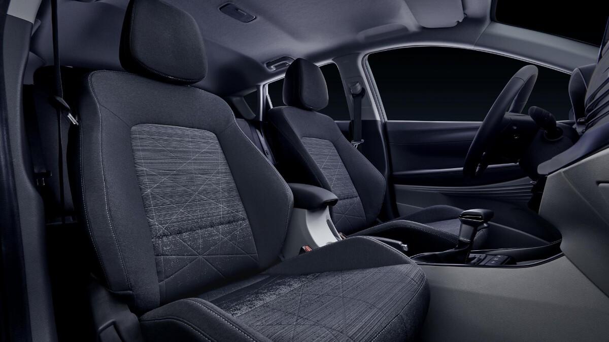 The Hyundai Bayon interior, front seats