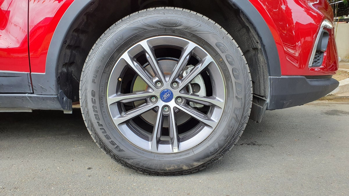 The 2021 Ford Territory front tire