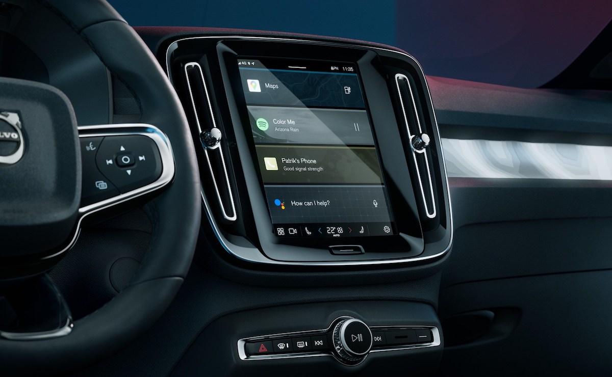 The Volvo C40 Recharge multimedia panel
