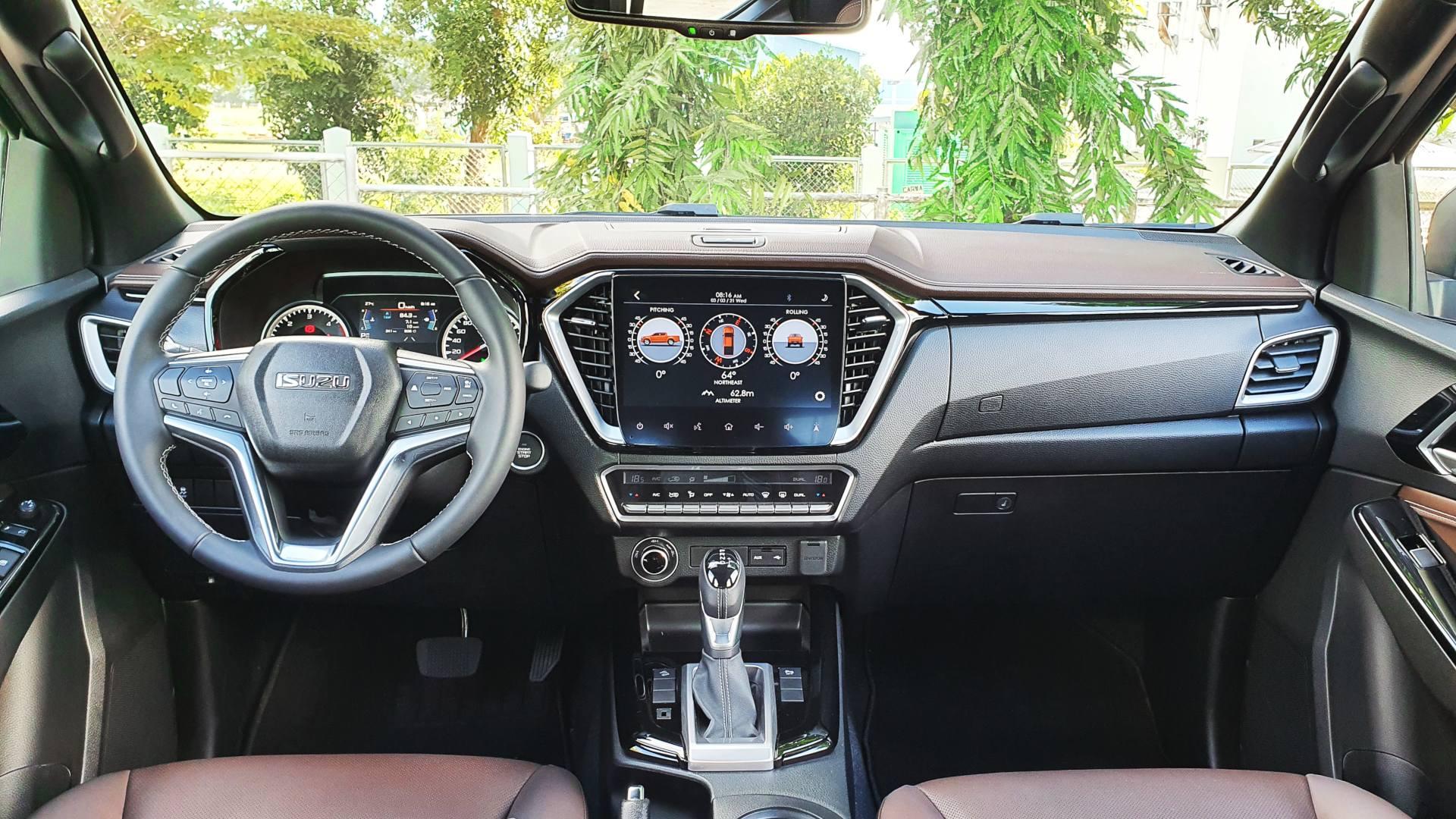 The 2021 Isuzu D-Max dashboard