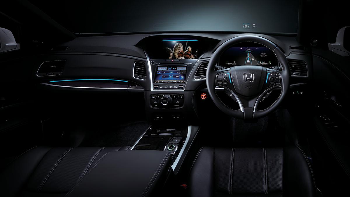 The Honda Legend Hybrid EX dashboard with sensors