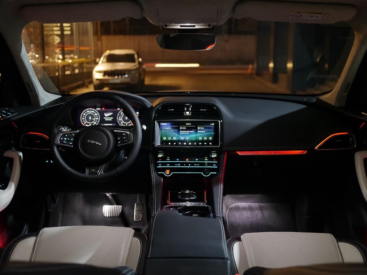Jaguar F-Pace R-Sport Dashboard