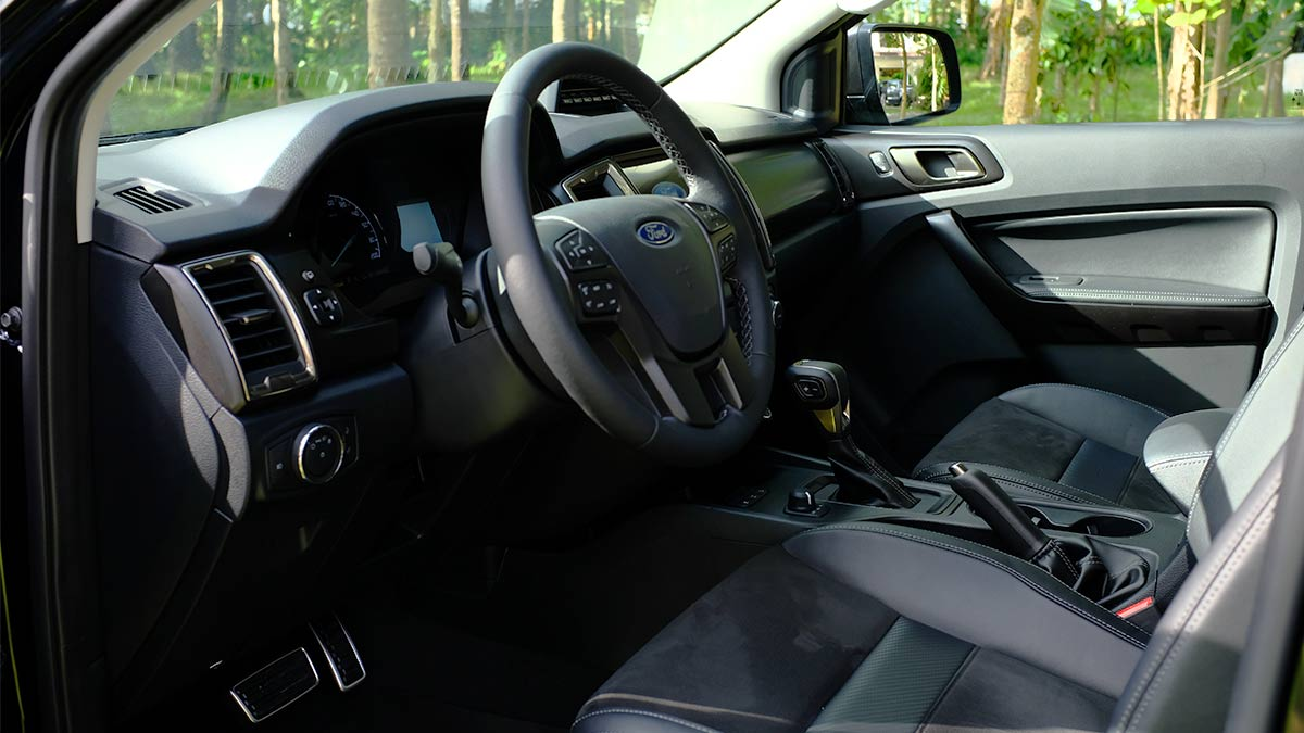 Ford Ranger FX4 Max Steering Wheel and Front Passenger Seats