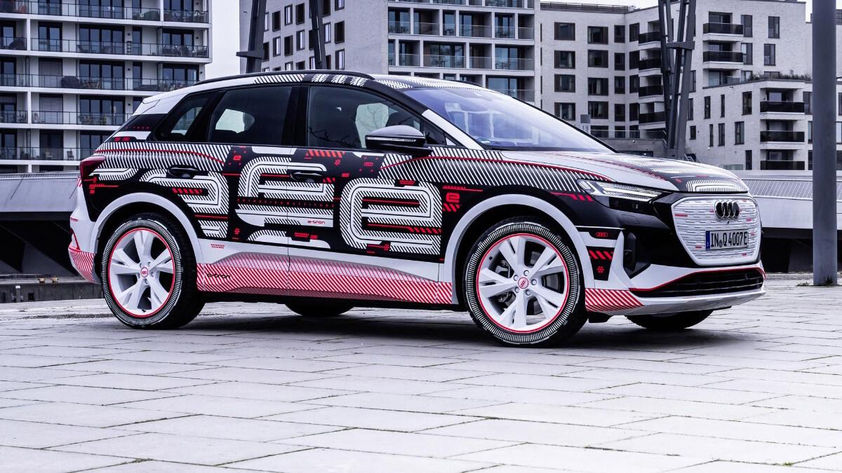 The Audi Q4 e-tron Alternative Side View