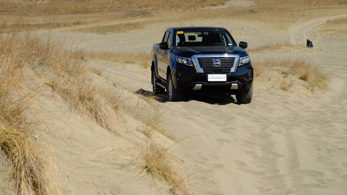 The 2021 Nissan Navara On Sand