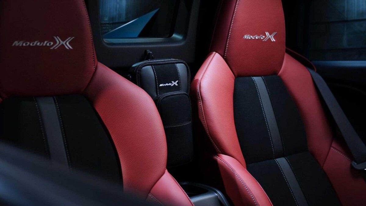 The Honda S660  Passenger Seats
