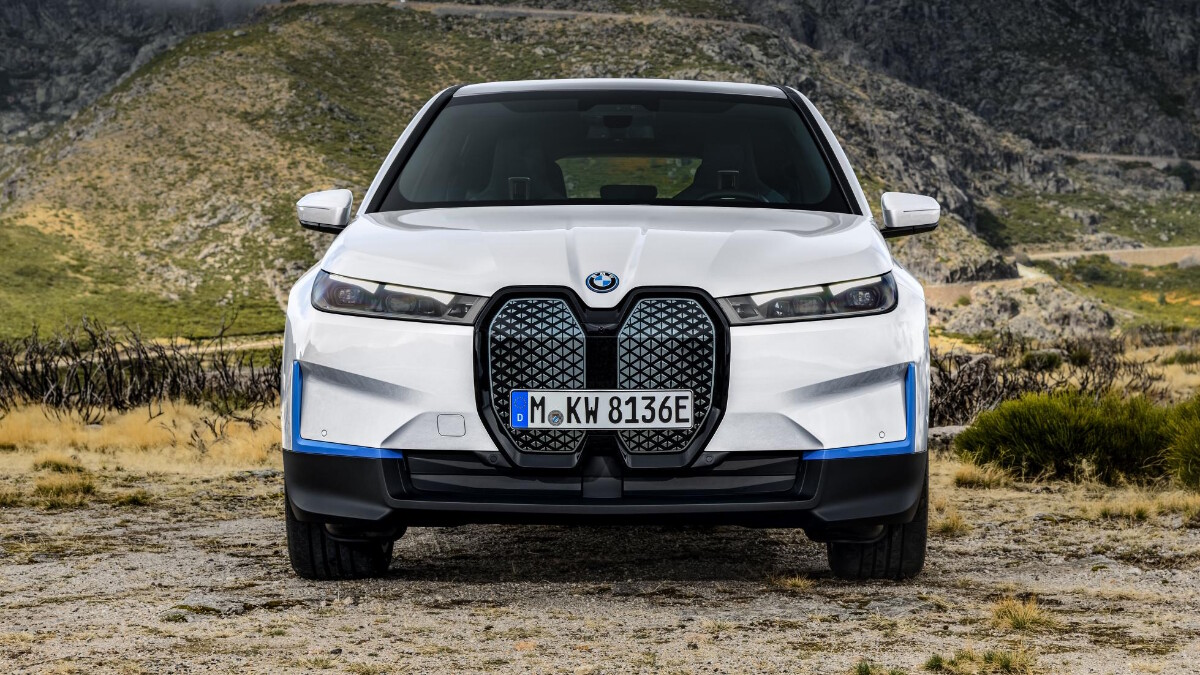 The BMW iX Front View