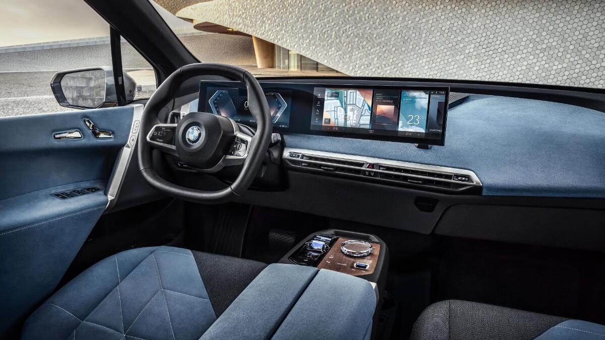 The BMW iX Dashboard