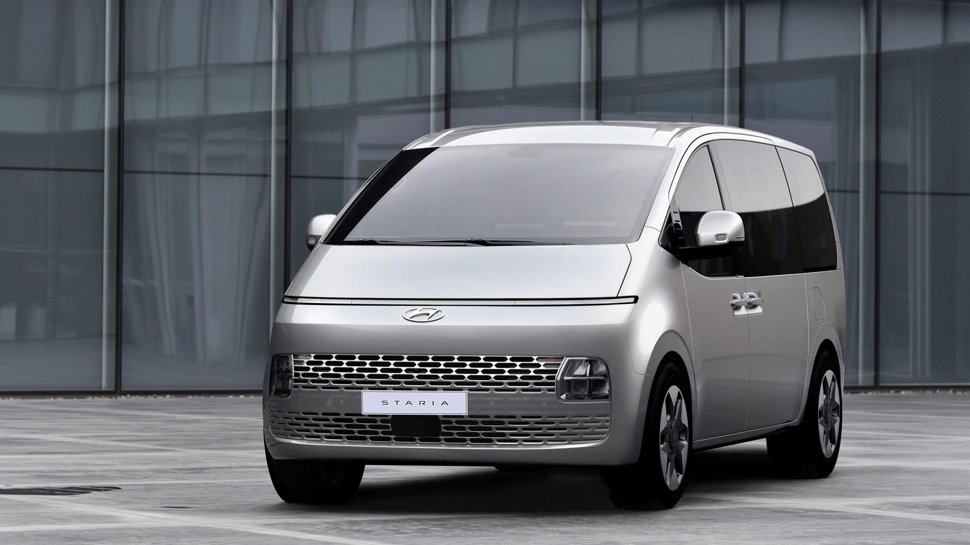 The Hyundai Staria front alternative angle