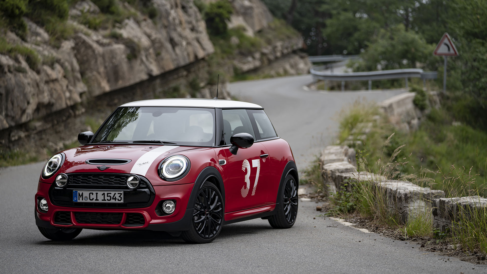 Mini Paddy Hopkirk Edition front angled view