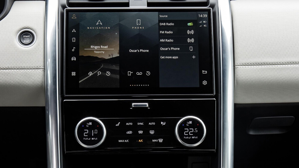 The Land Rover Discovery Media and Climate Controls