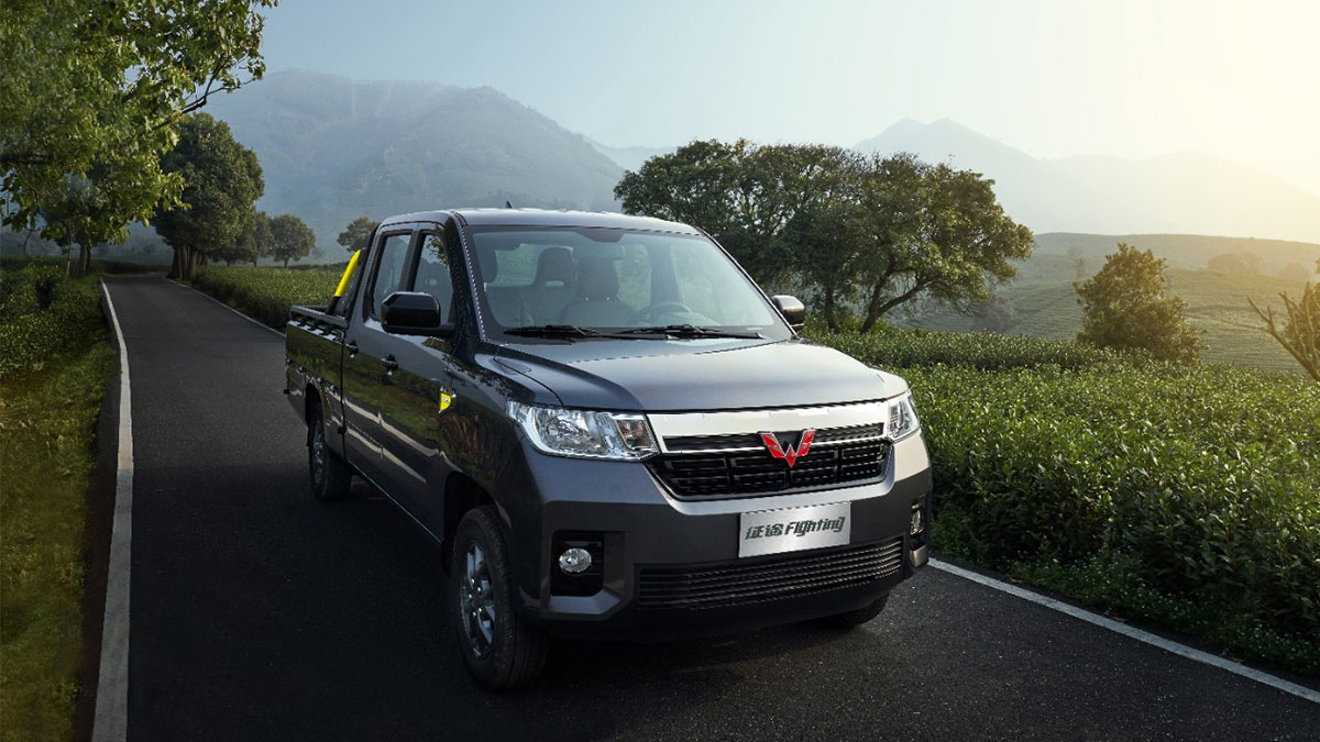 The Wuling Zhengtu On The Road