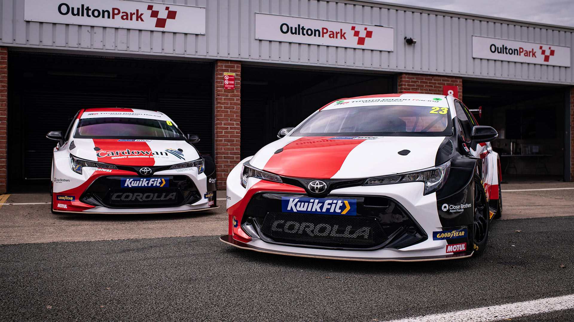 The Toyota Corolla Hatch With New Liveries - Front