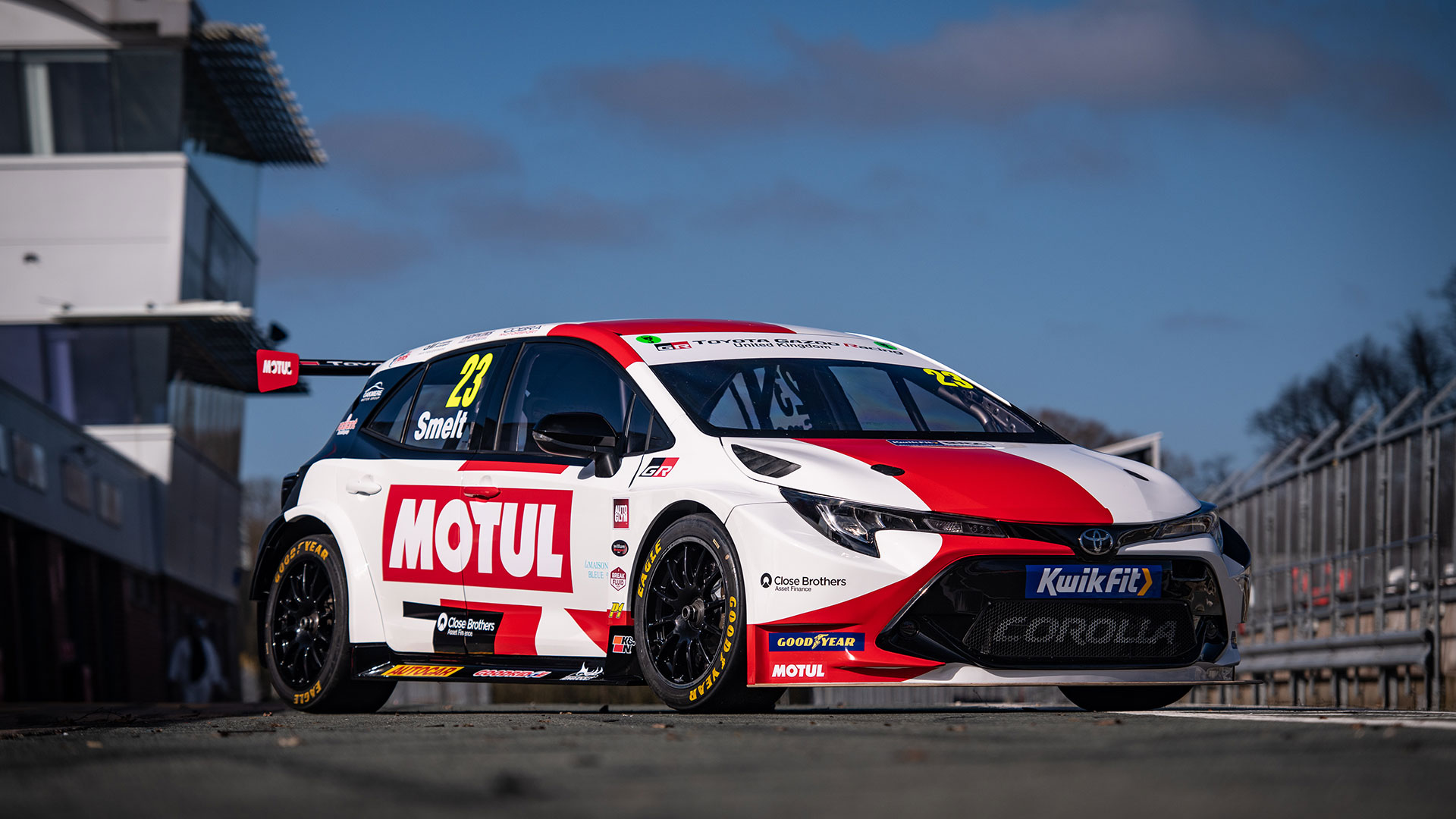 The Toyota Corolla Hatch With New Liveries - Front Alternative Angle
