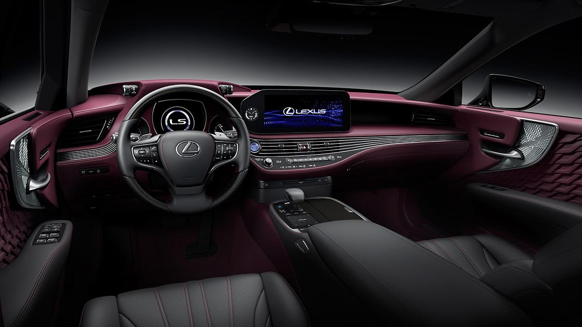 The Lexus LS Dashboard