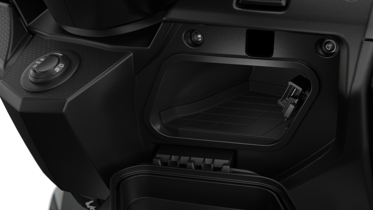 BMW C400 updated front storage compartment