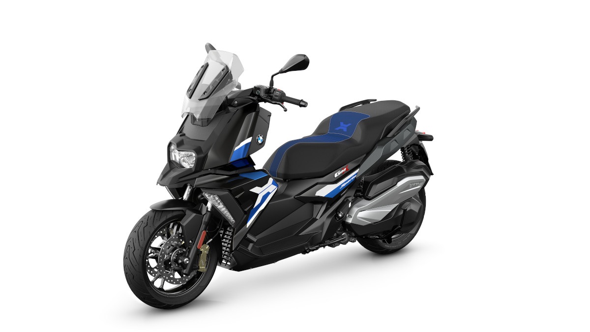 The BMW C400 X New Color Option