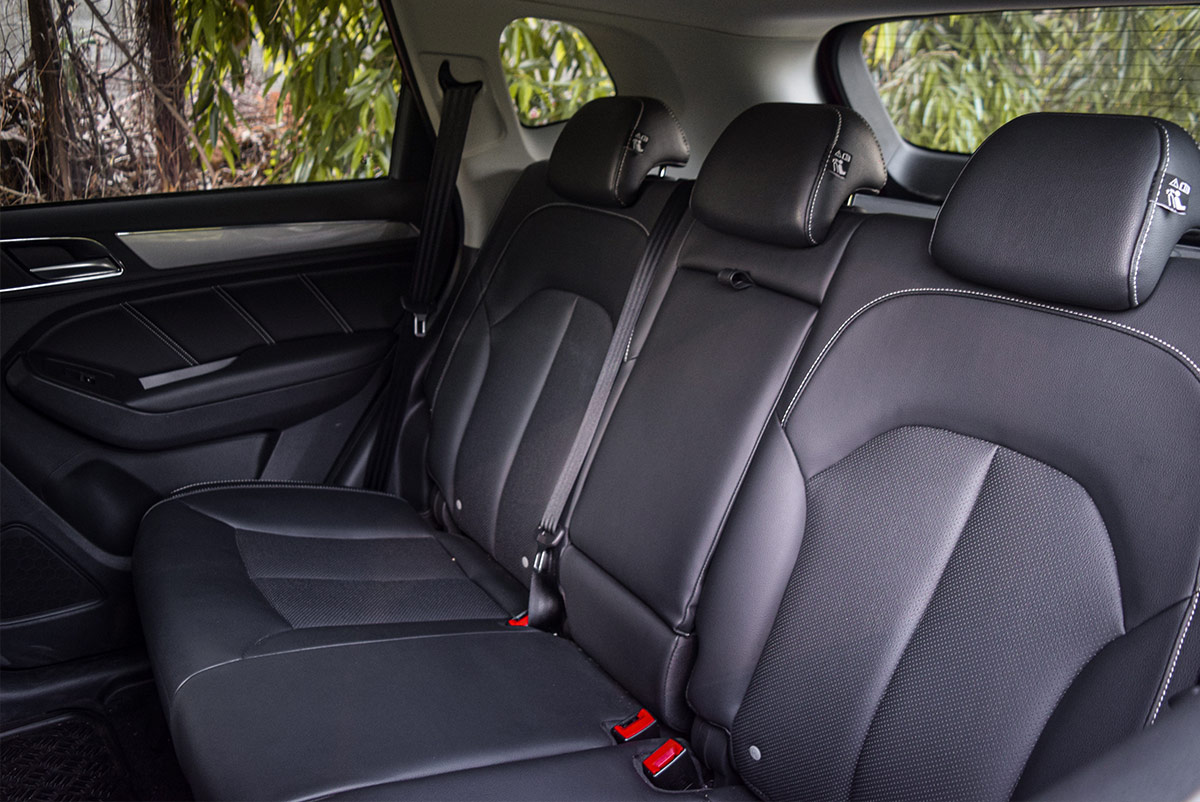 The MG RX5 Rear Passenger Seats