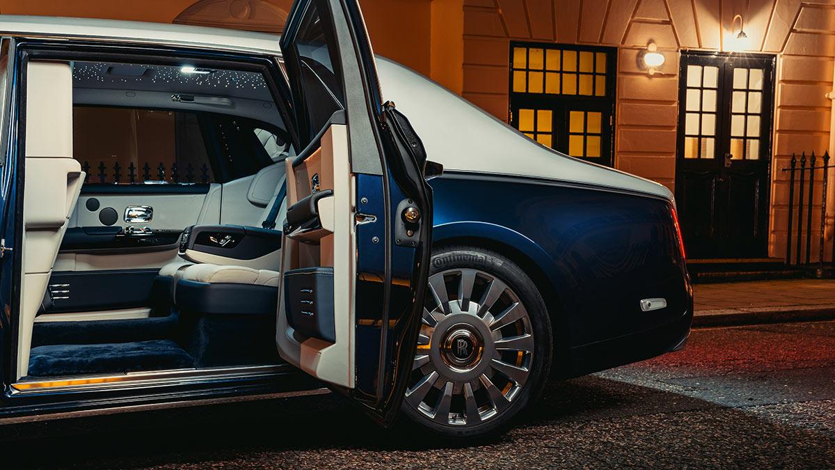 The Rolls-Royce Phantom Rear Passenger Seats
