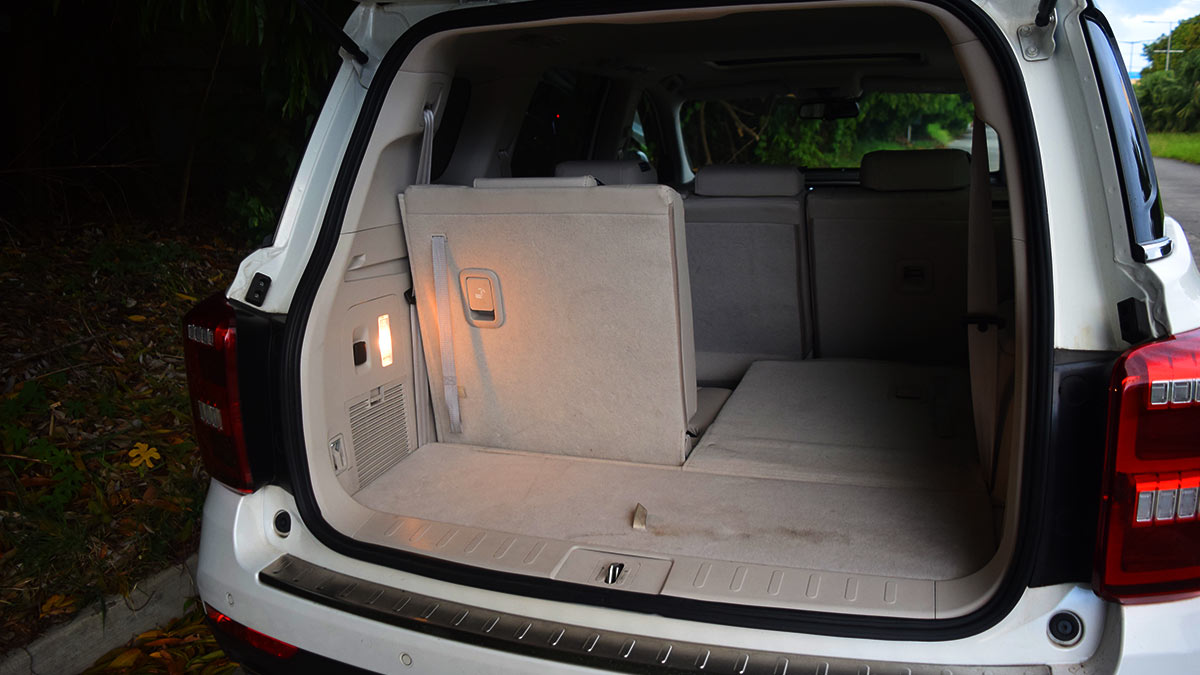 The GAC GS8 Folded Rear Passenger Seats and Storage