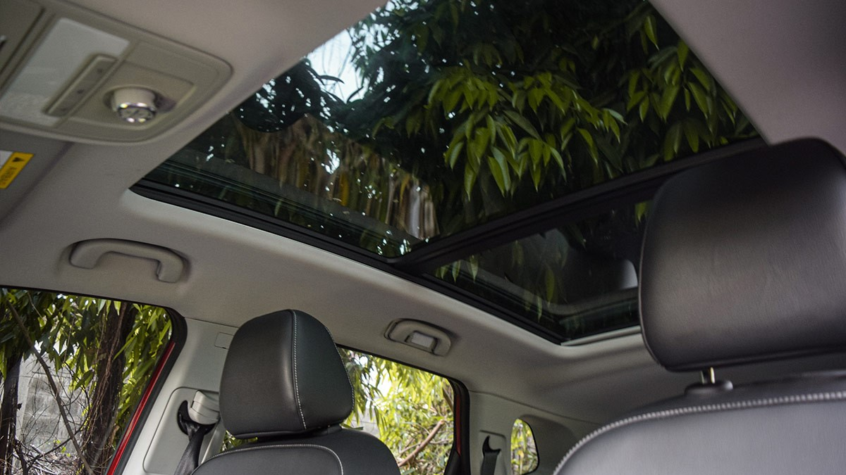 The MG RX5 Sunroof