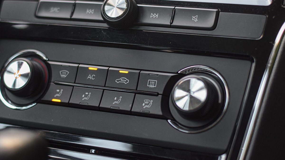 The MG RX5 Airconditioning Controls
