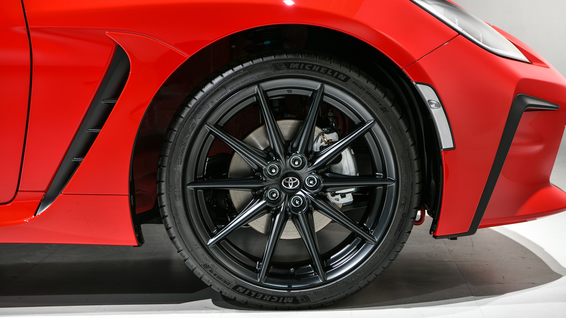 The Toyota 86 Front Tire